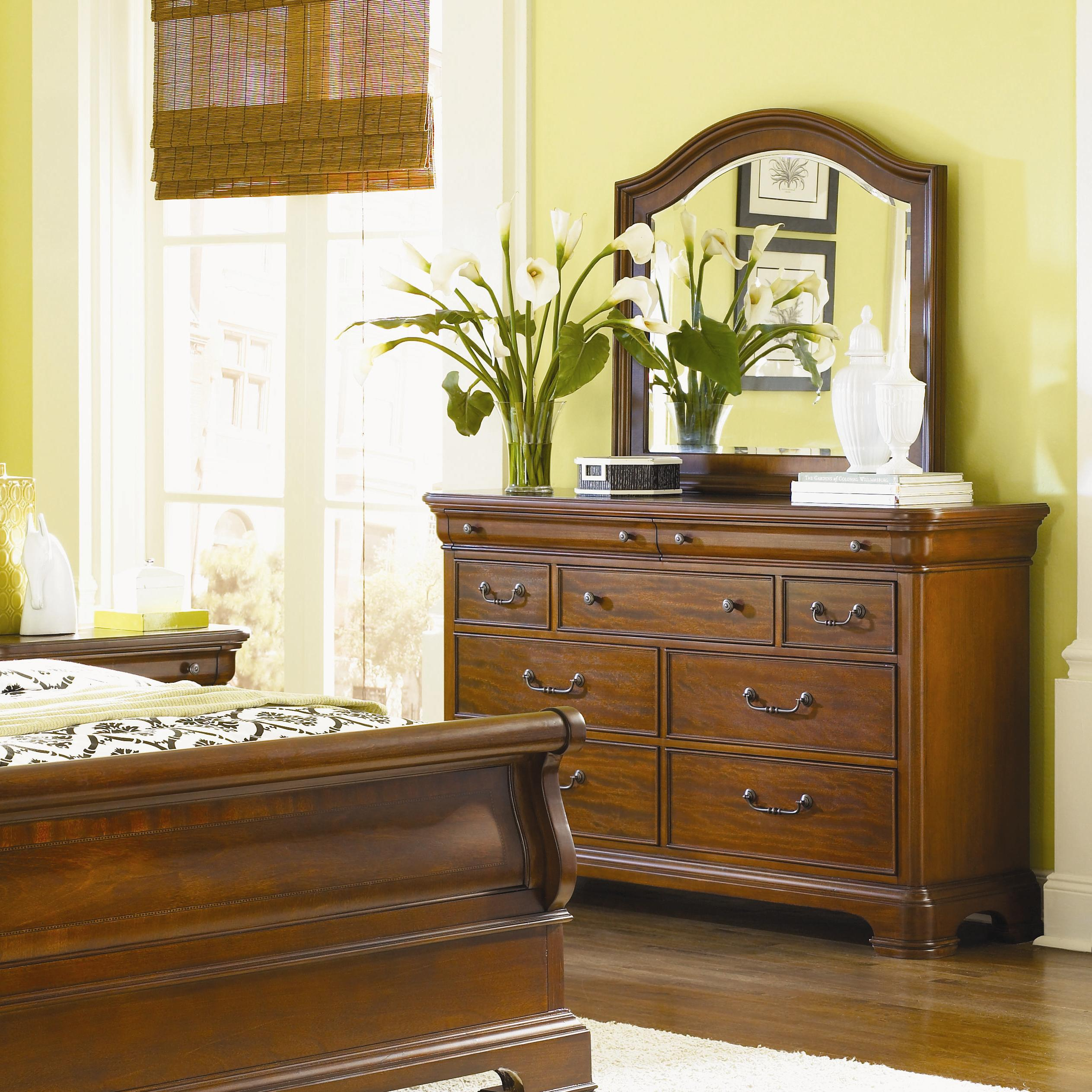 Legacy Classic Evolution Dresser & Mirror Combo - Item Number: 9180-0100+1200