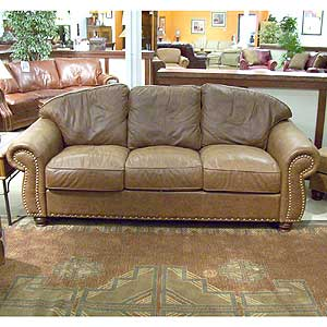 Nogalas Sofa By Legacy Leather