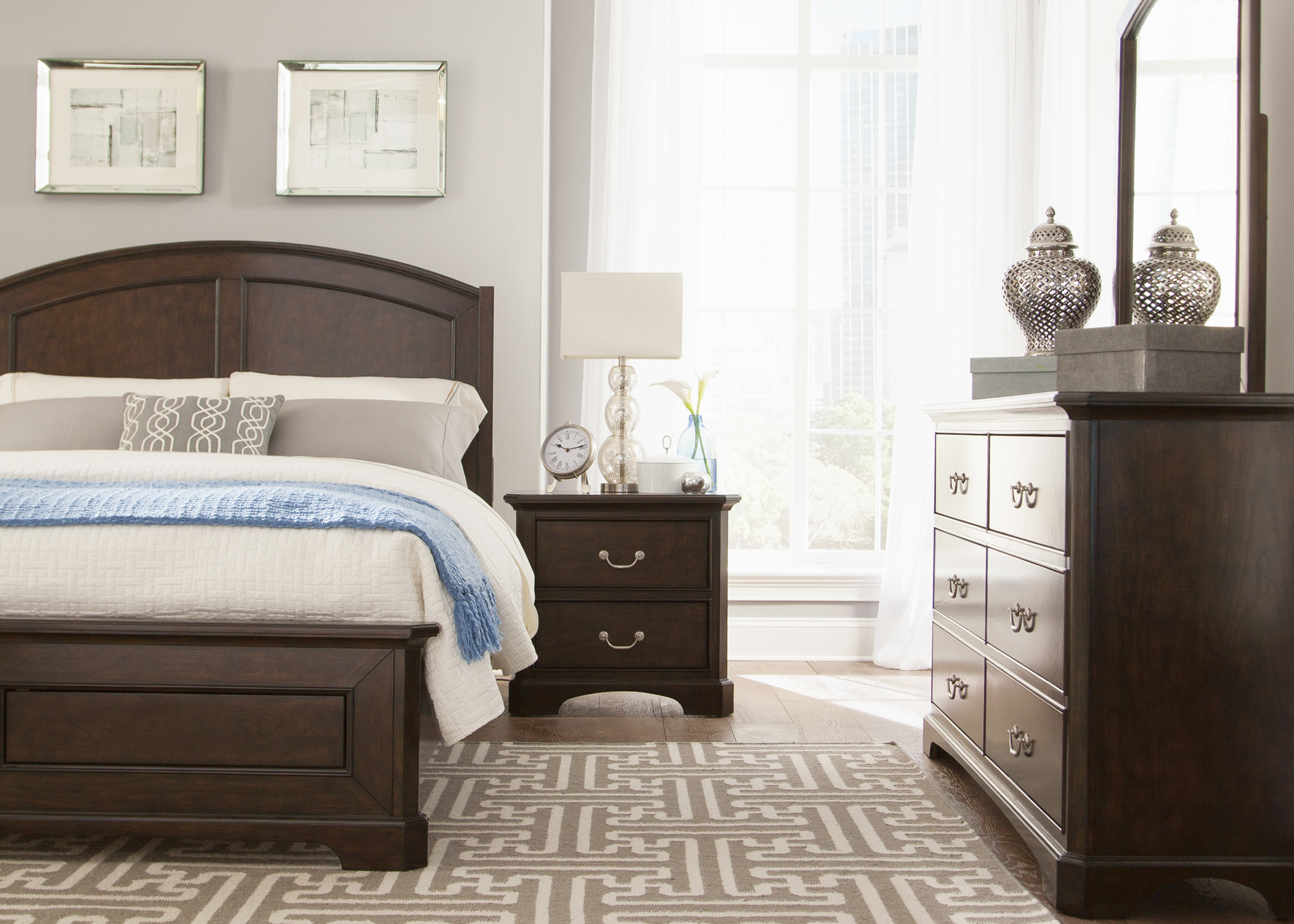 Liberty Furniture Avington Queen Bedroom Group - Item Number: 172-BR-QPBDMN