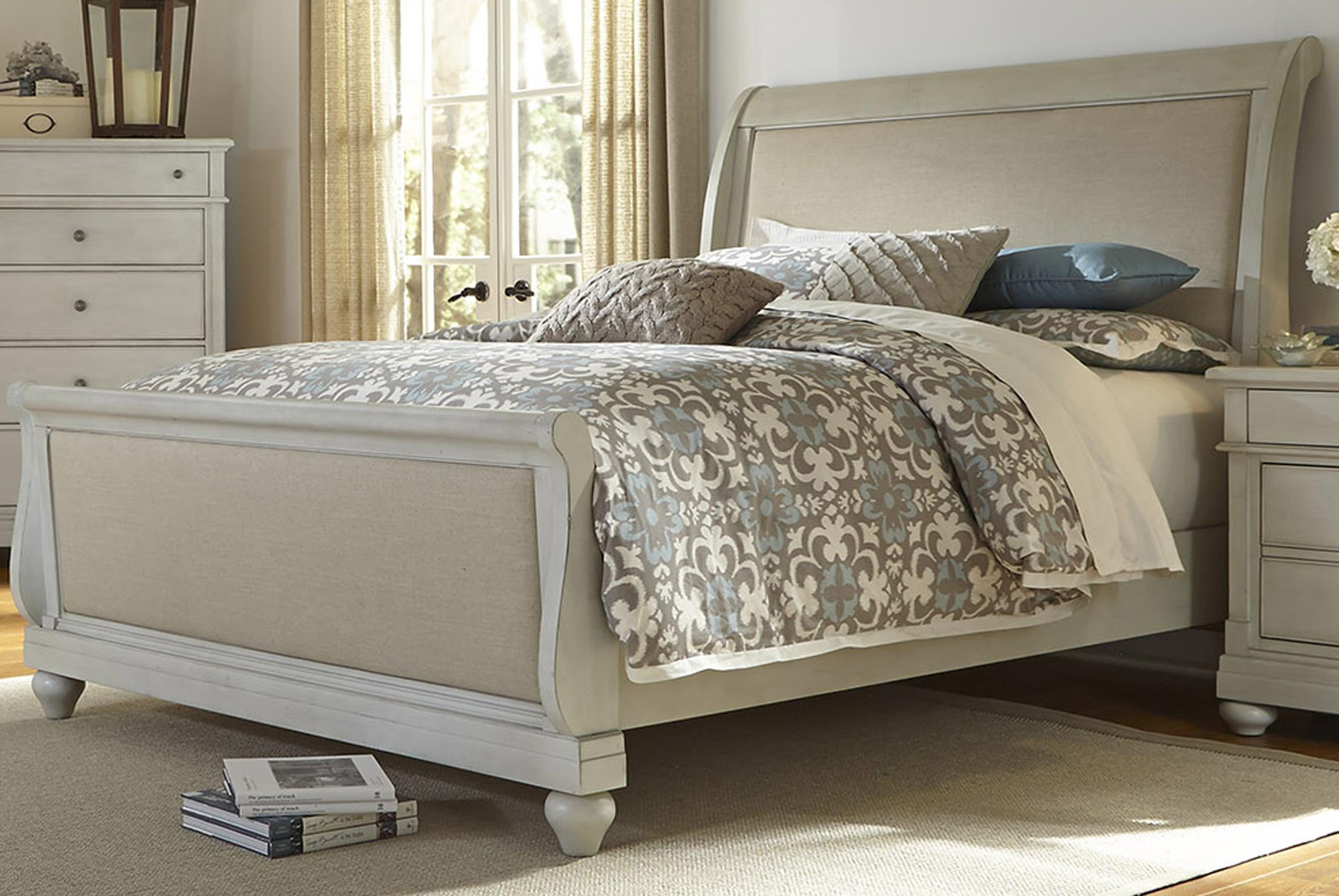 Liberty Furniture Harbor View Queen Sleigh Bed - Item Number: 731-BR-QSL