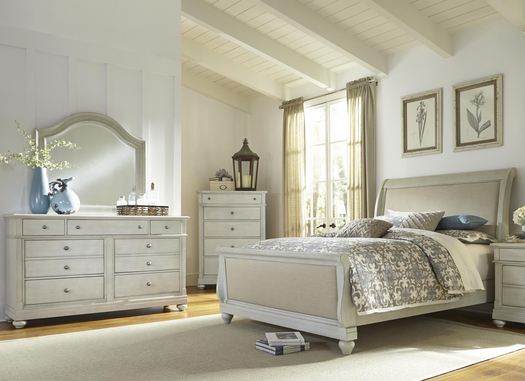 Liberty Furniture Harbor View Queen Bedroom Group - Item Number: 731-BR-QSLDMC