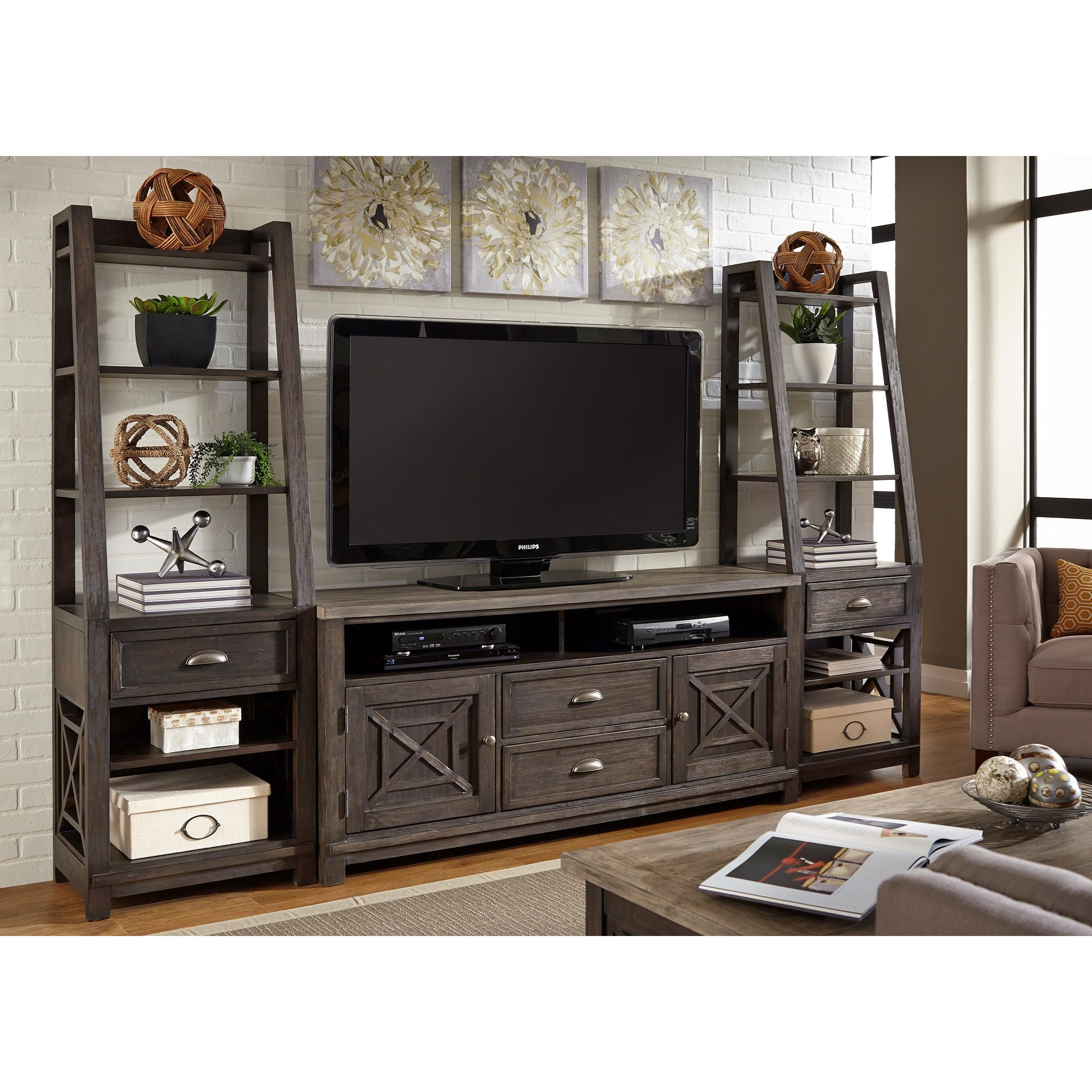 Liberty Furniture Heatherbrook Entertainment Entertainment Center with Piers - Item Number: 422-ENTW-ECP