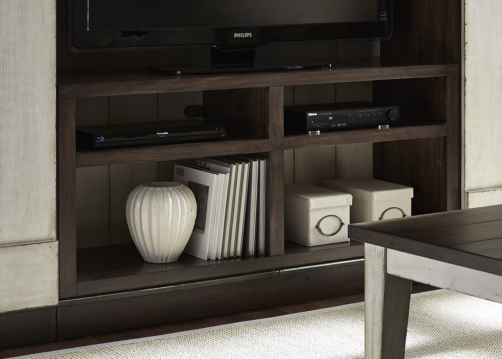 Liberty Furniture Lancaster Entertainment TV Stand - Item Number: 612-TV55