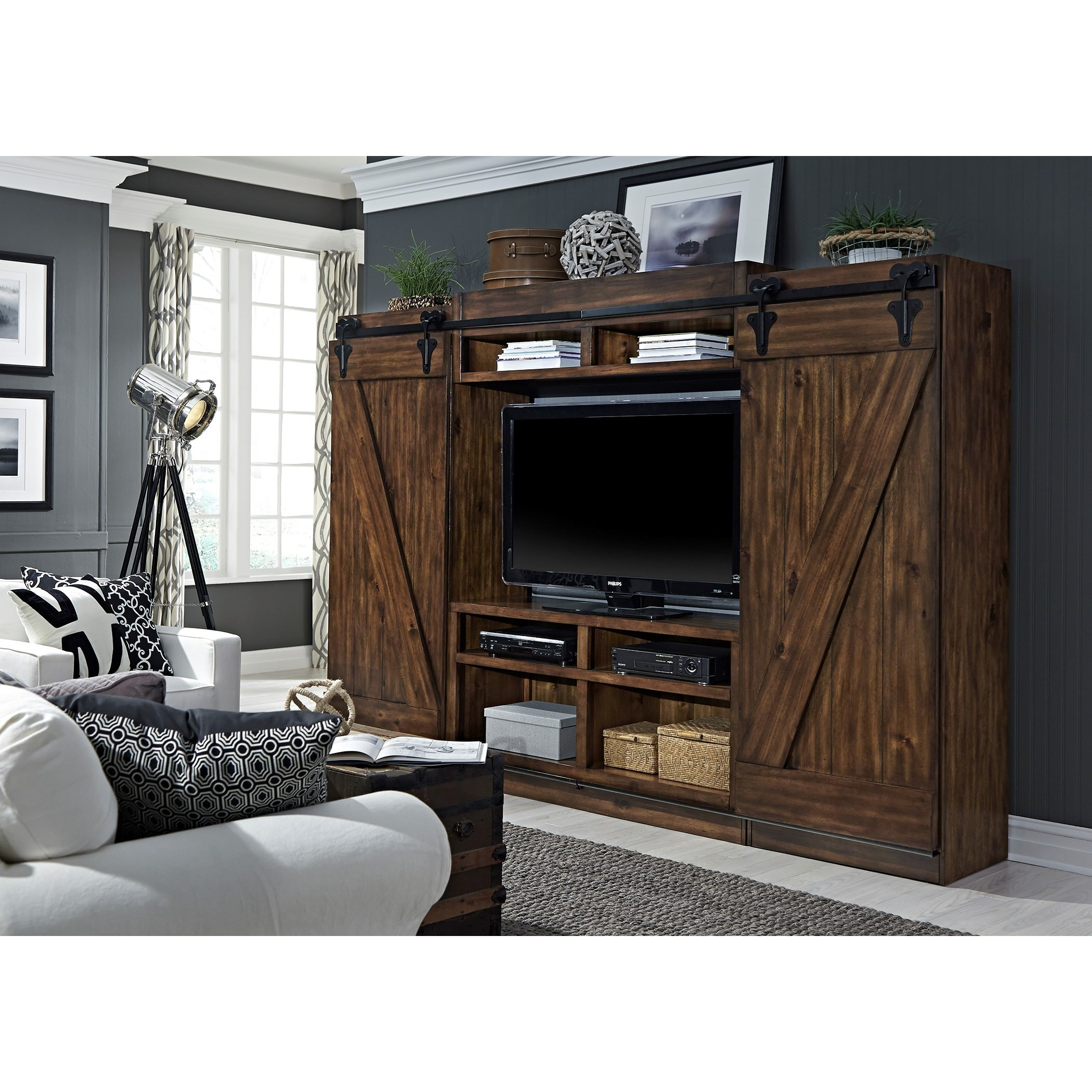 Liberty Furniture Lancaster Entertainment Center with Piers and