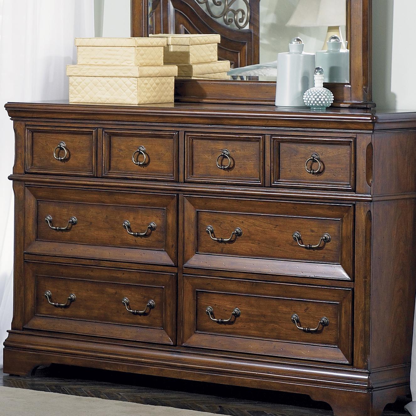 Liberty Furniture Laurelwood 6 Drawer Dresser - Item Number: 547-BR31