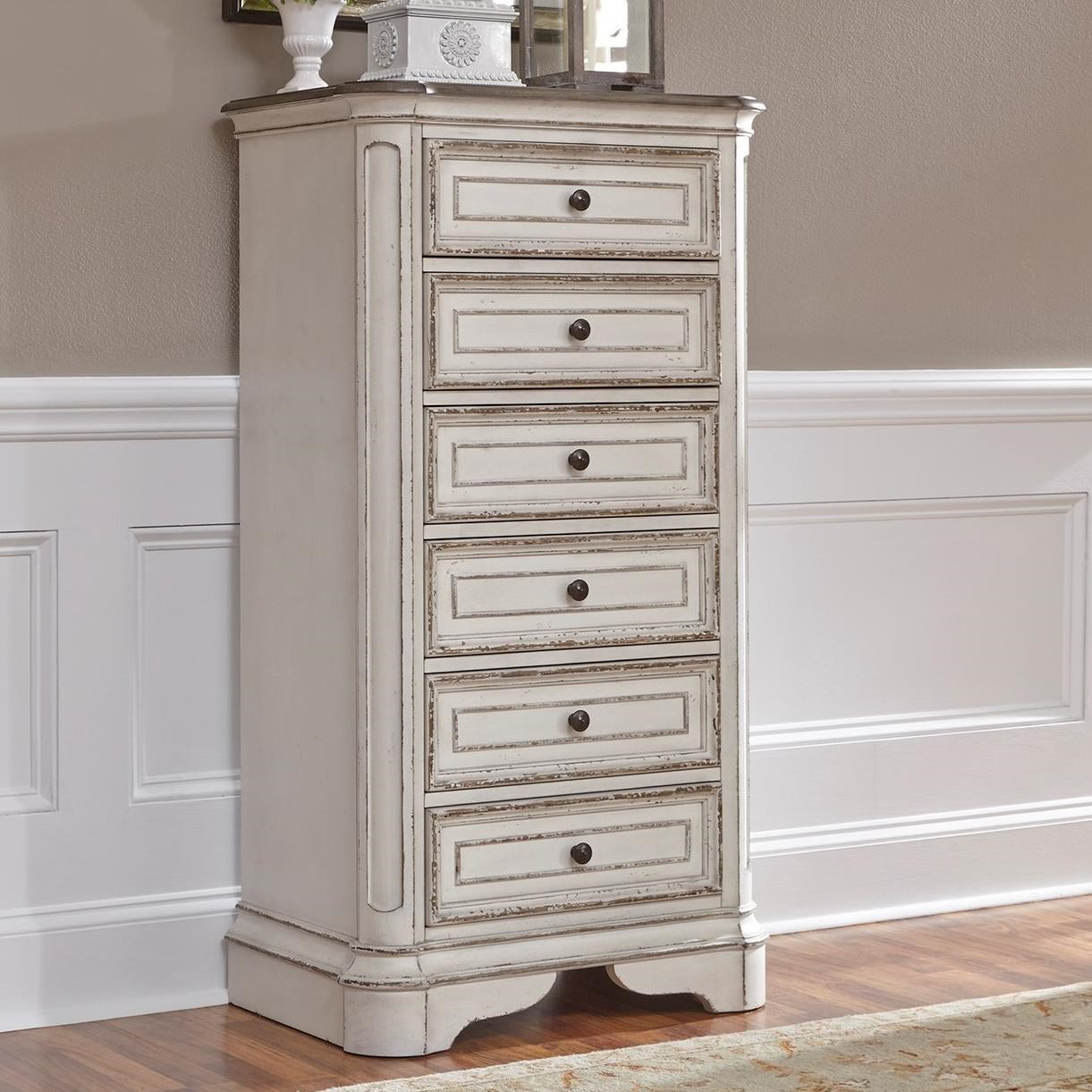 Liberty Furniture Magnolia Manor 6 Drawer Chest With Felt Lined Top