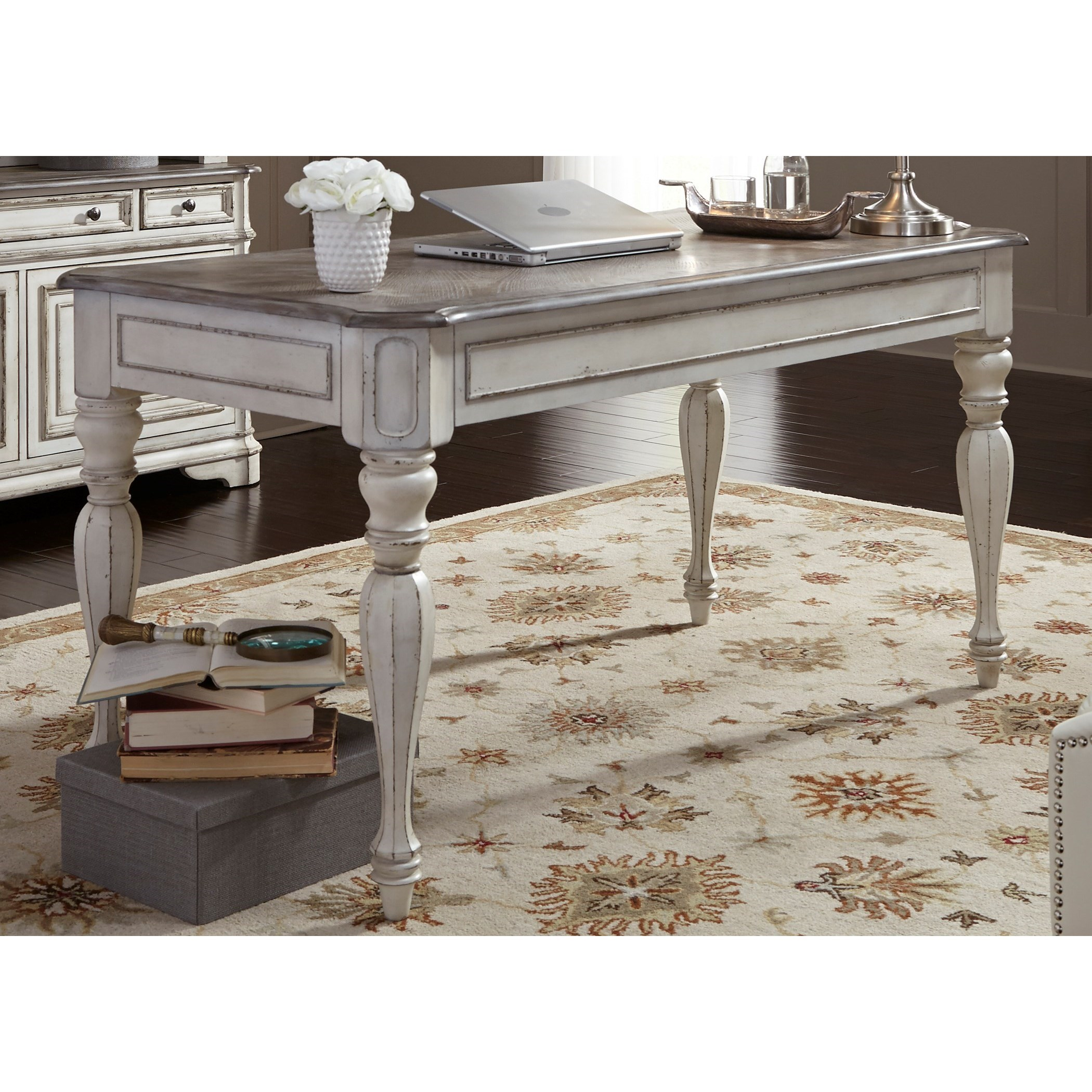 Liberty Furniture Magnolia Manor Office Writing Desk With