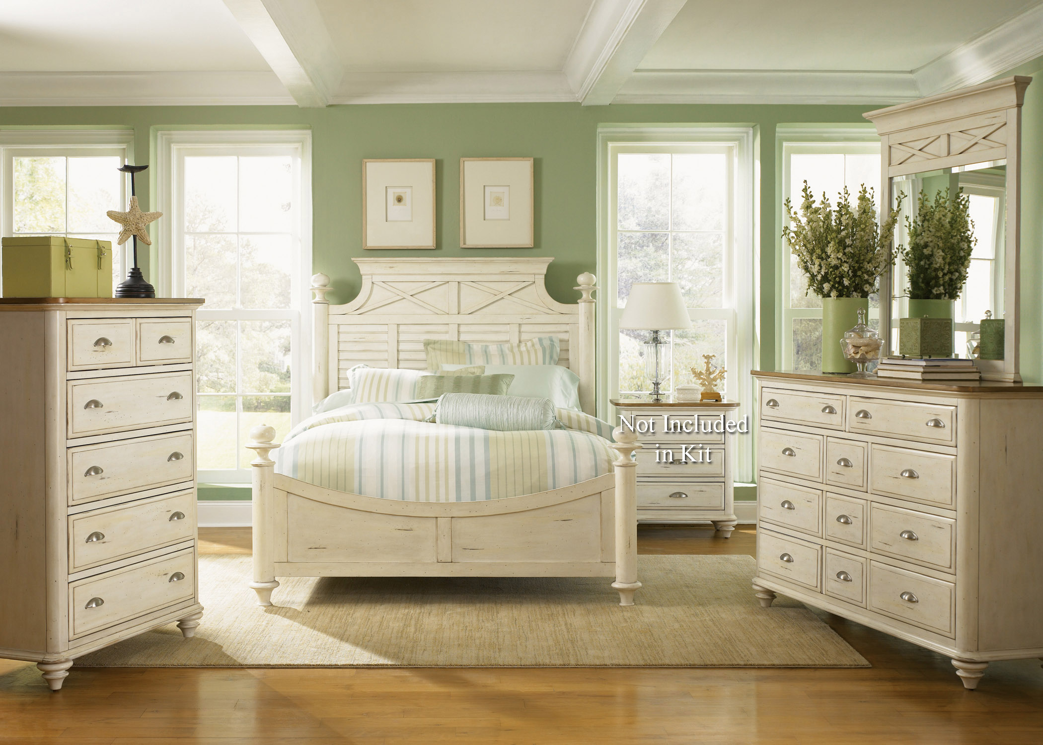 Liberty Furniture Ocean Isle  King Poster Bed, Dresser & Mirror, Chest  - Item Number: 303-BR-KPSDMC