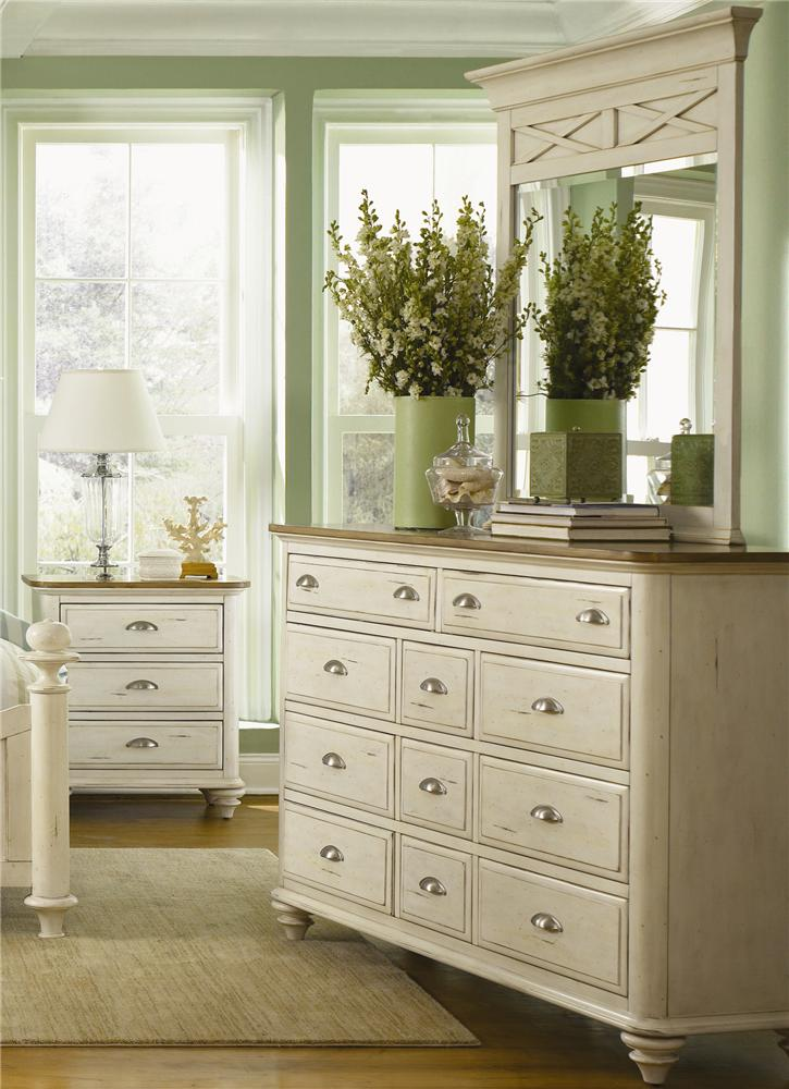 Liberty Furniture Ocean Isle  11 Drawer Dresser & Mirror Combo - Item Number: 303-BR32+51