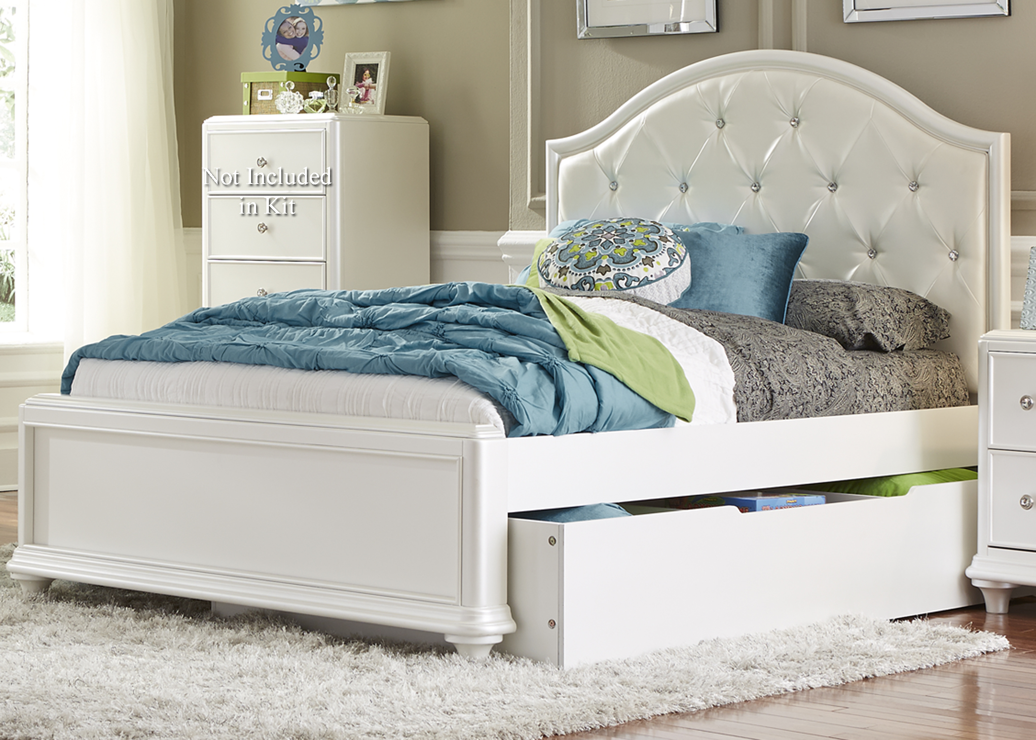 Sarah Randolph-J Stardust Twin Trundle Bed - Item Number: 710-YBR-TTR