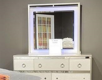 4188Y SILVER LIGHTED MIRROR by Lifestyle at Furniture Fair - North Carolina