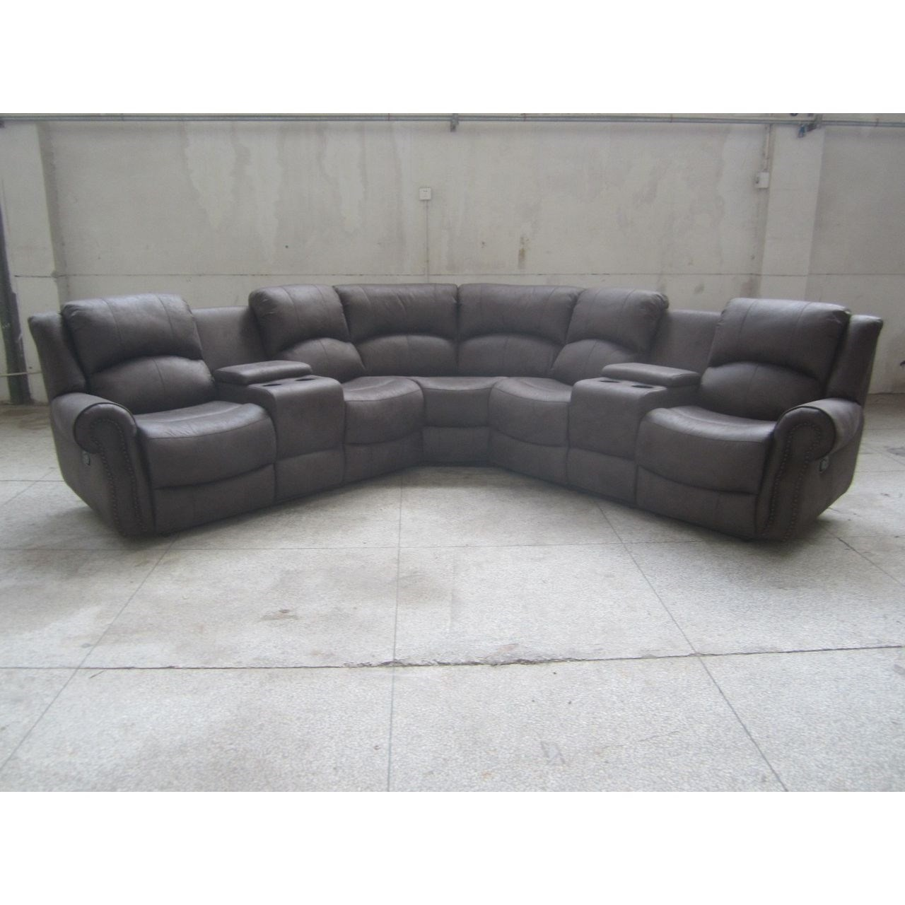 Lifestyle 5530S Casual Sectional Sofa - Item Number: U5530S-42L+W0X+42R