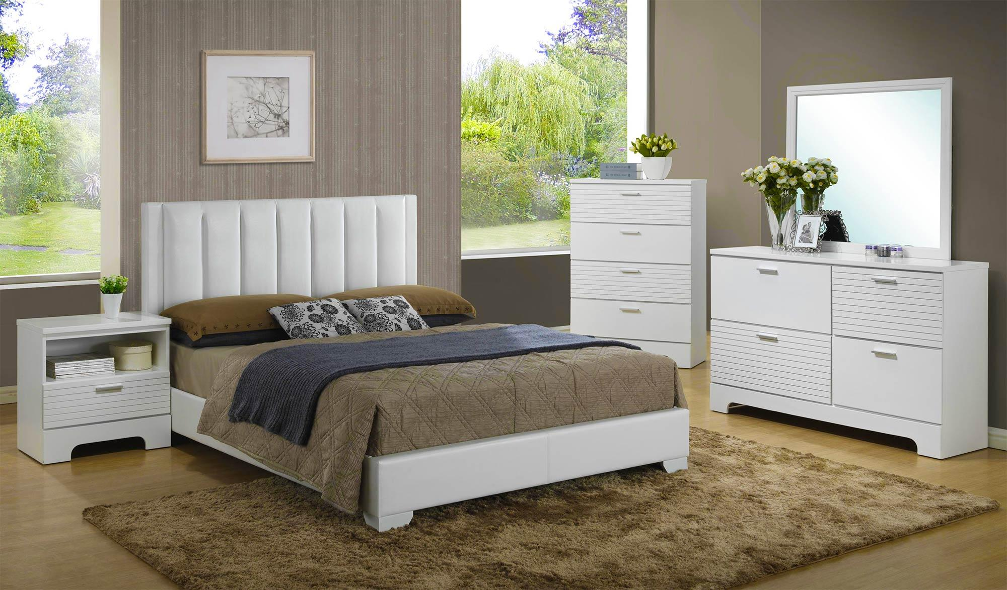 Lifestyle Sami 4-Piece Queen Bedroom Set - Item Number: C3333A-Q-4PC