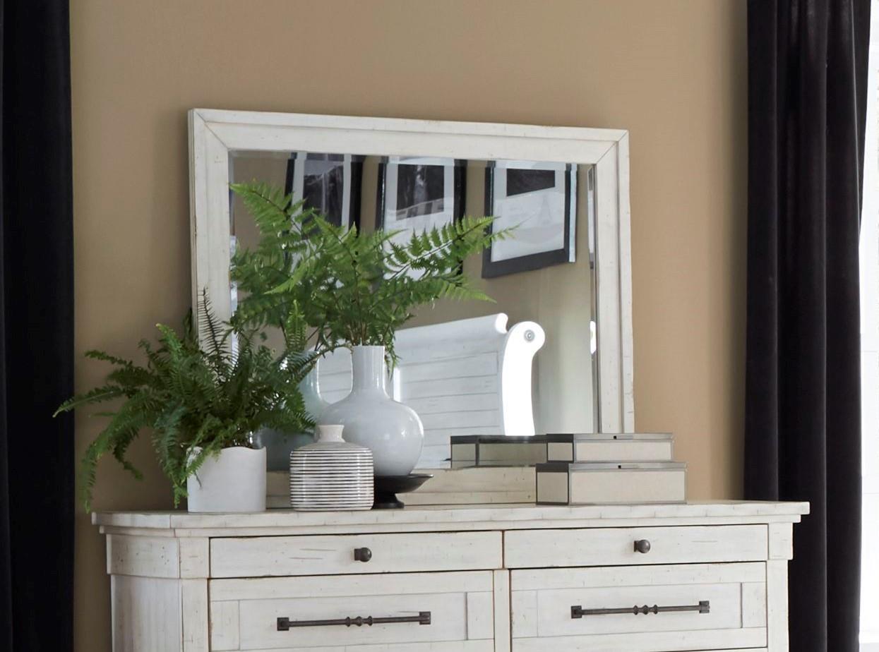 C8047 Mirror by Lifestyle at Furniture Fair - North Carolina
