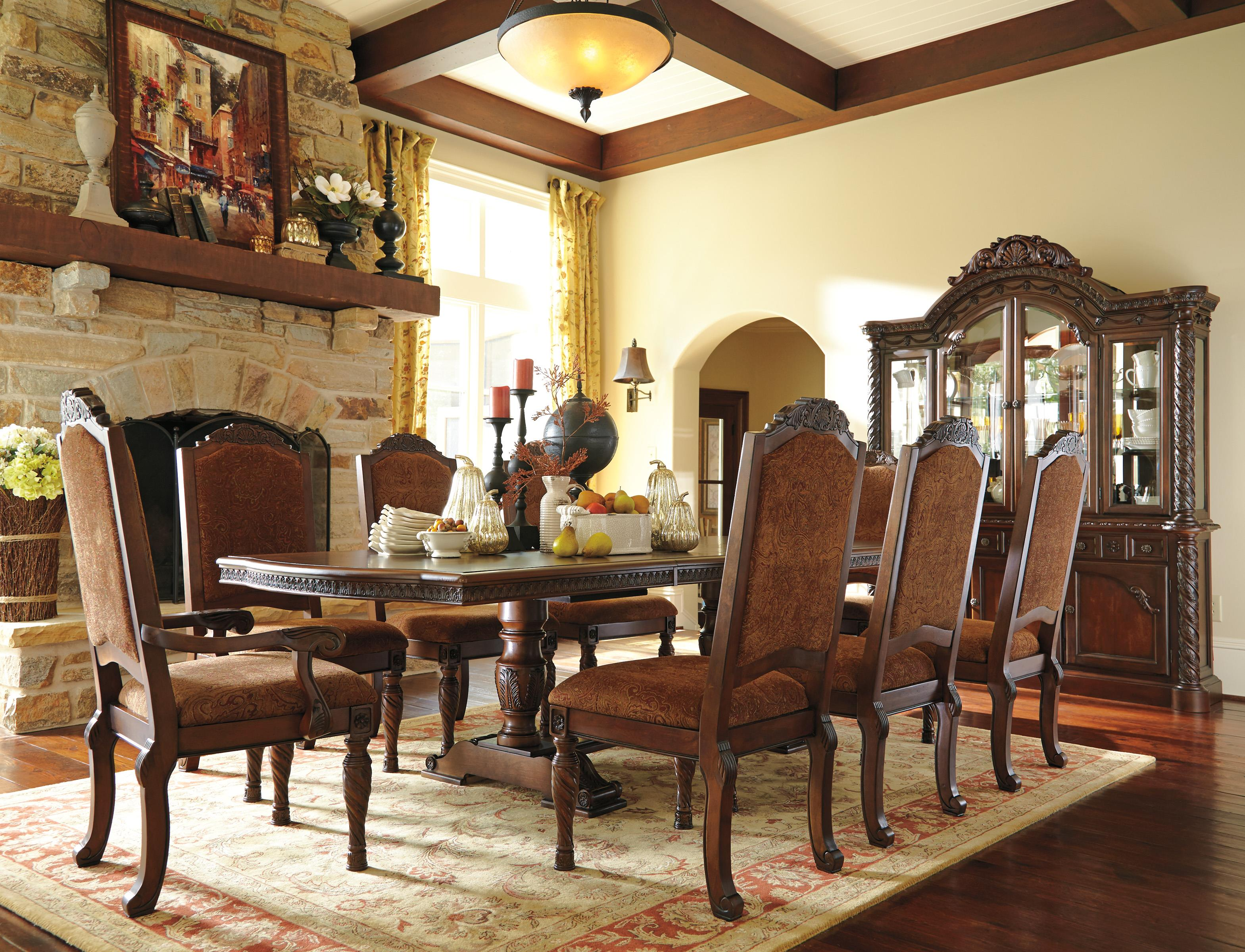 Millennium North Shore Formal Dining Room Group Dunk