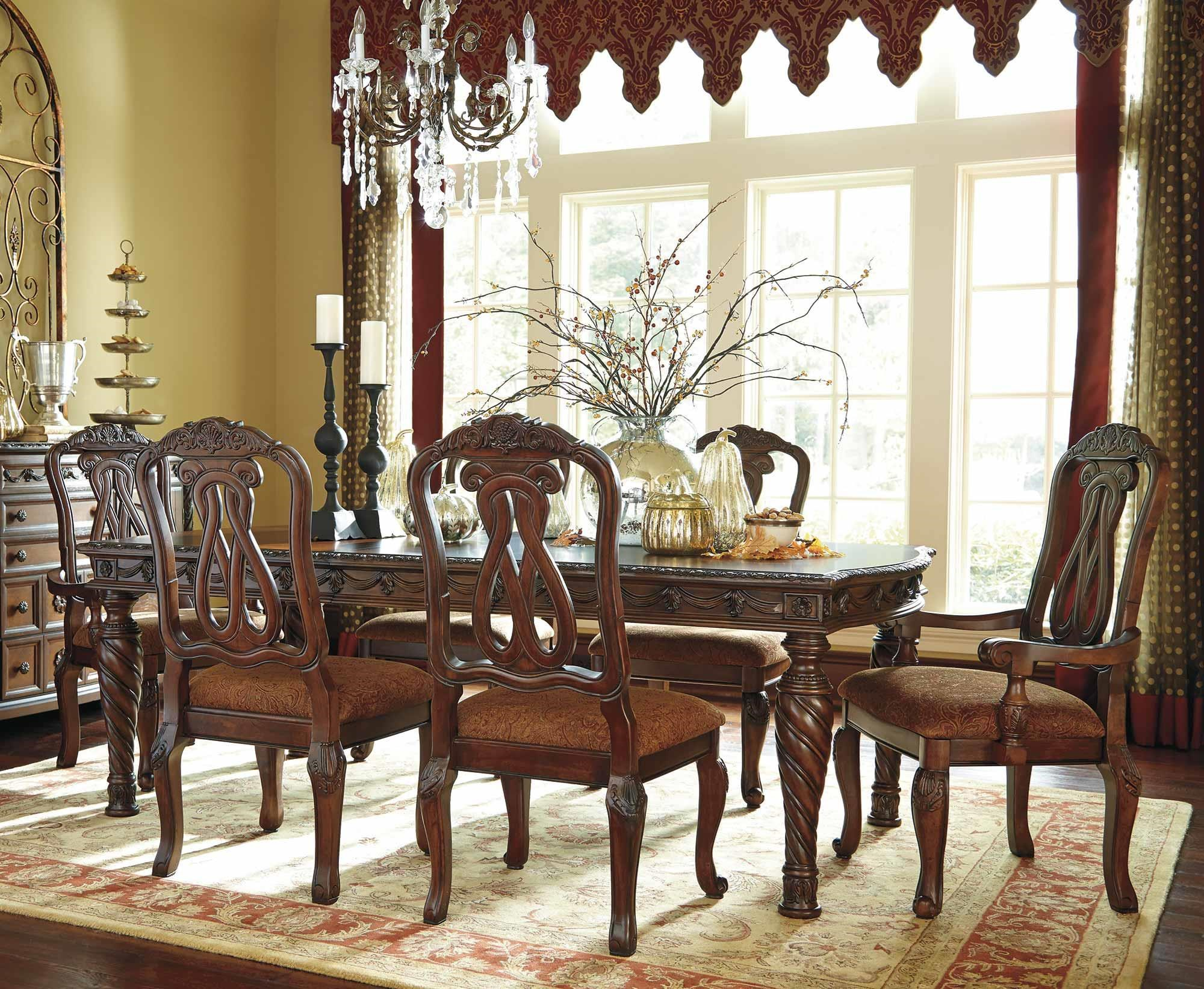 Old World Dining Set: Old World 7pc Dining Table & Chair Set