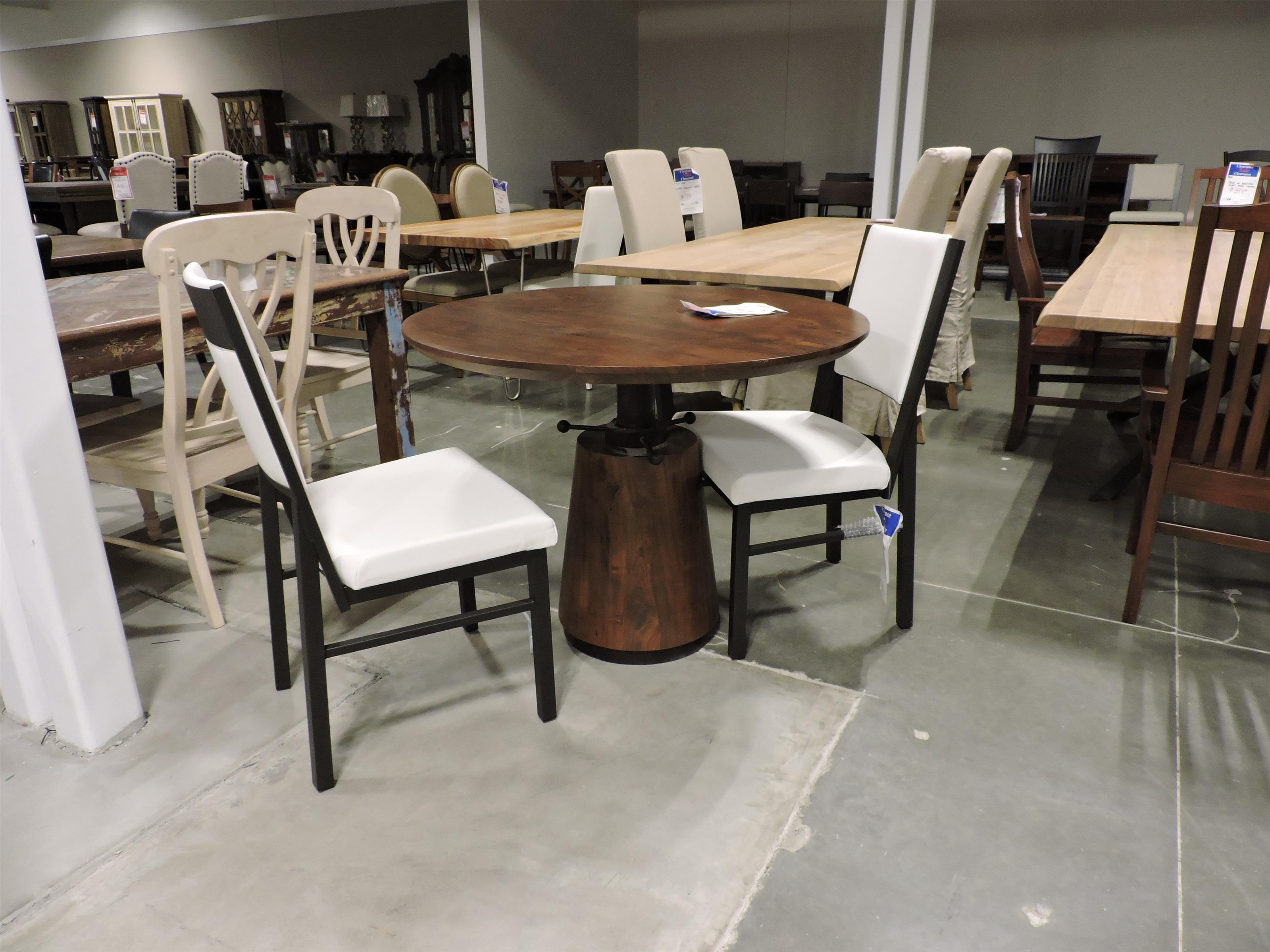 Round Adjustable Table