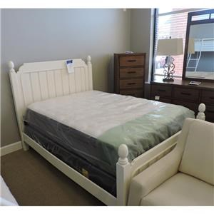 Full Size Poster Bed