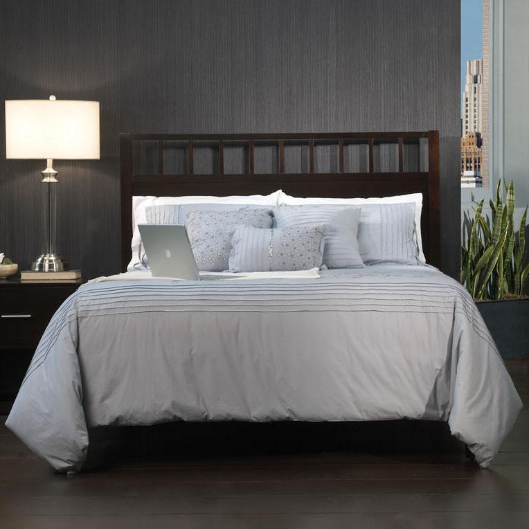Modus International Modera Low Profile Cal King Bed - Item Number: 3C22P4