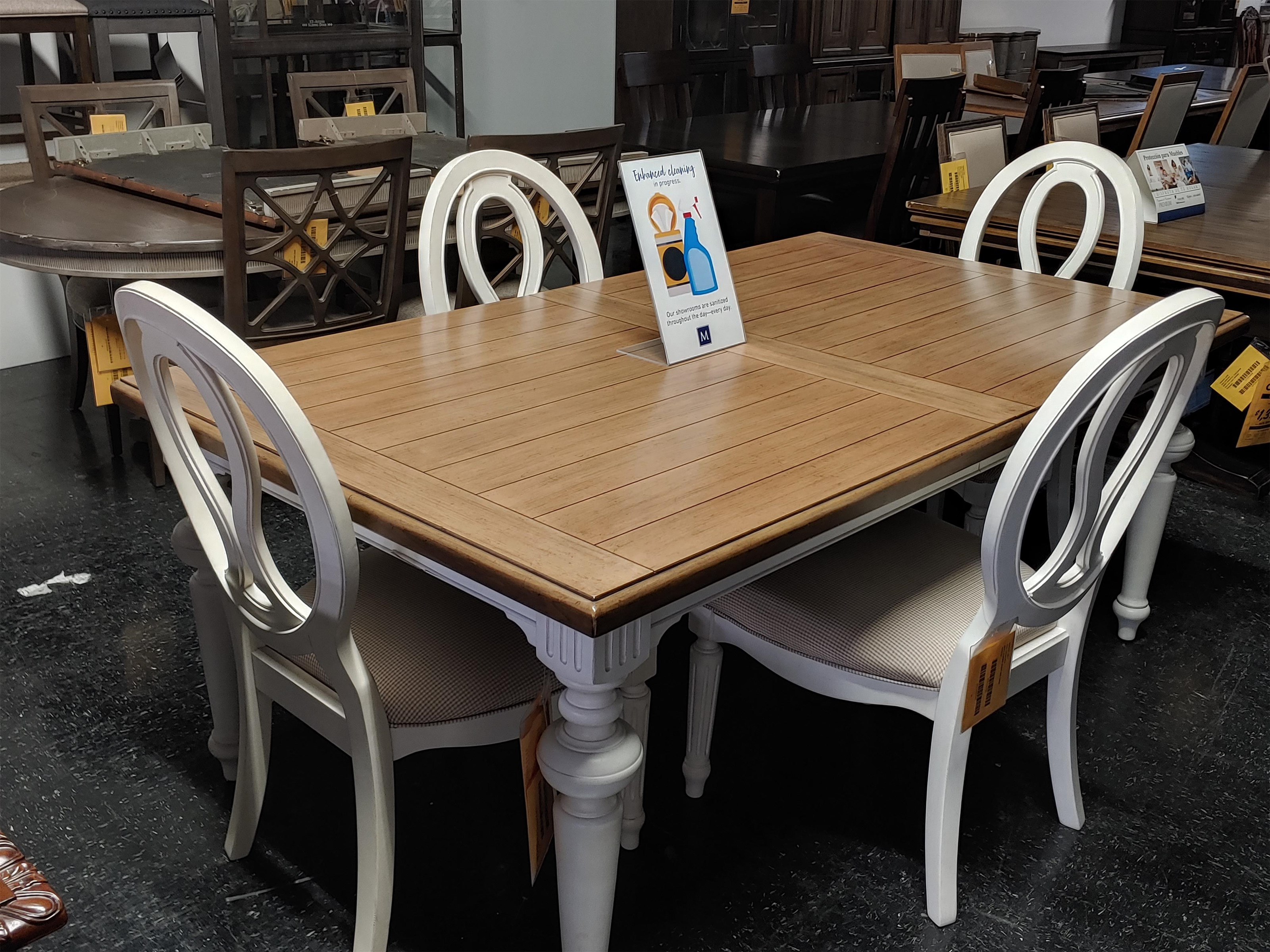 Last Ones Dining Set Last One! Beautiful 5-Piece Dining Set at Morris Home