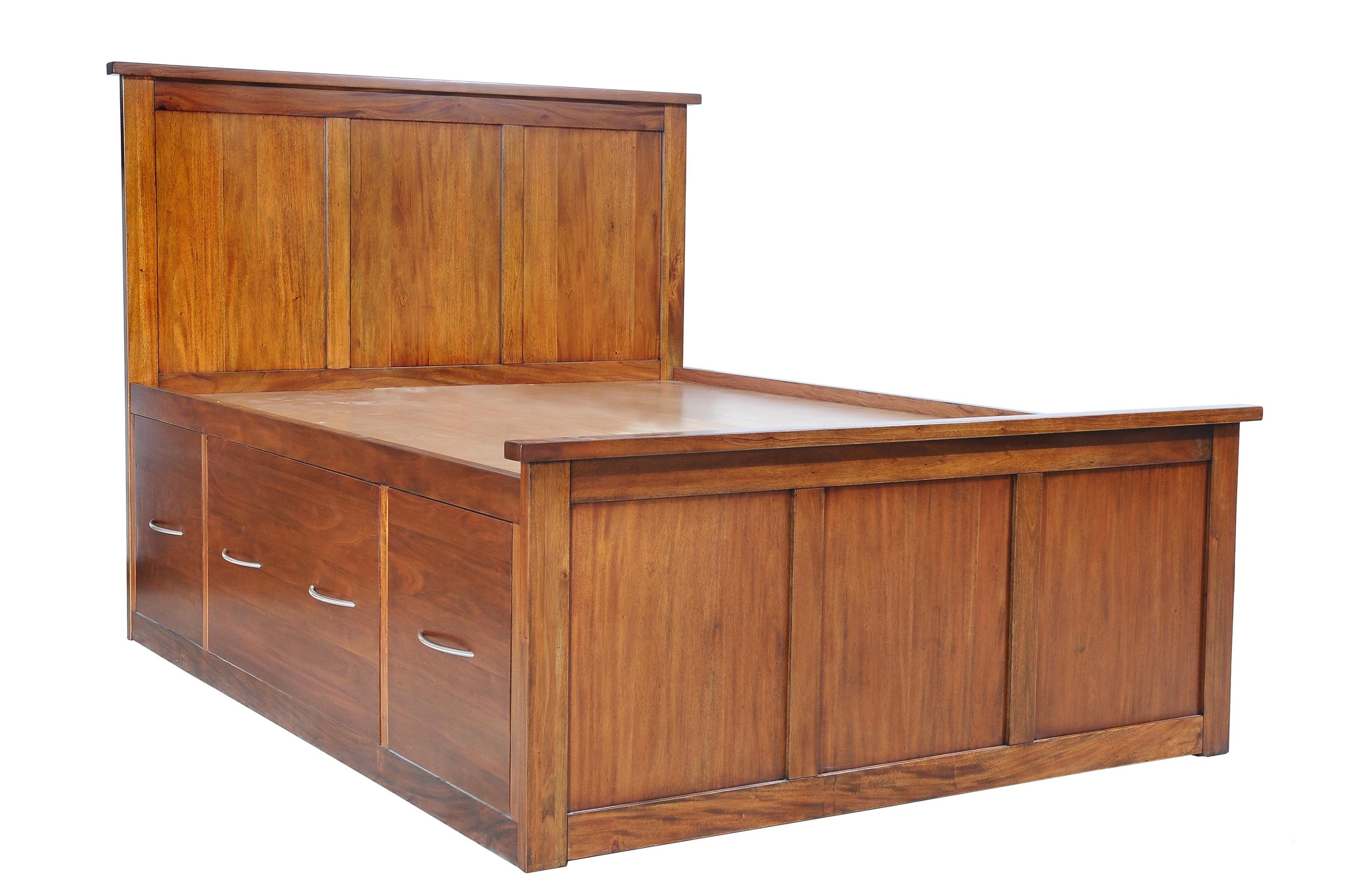 Napa Furniture Designs Boston Brownstone 9 Drawer Queen Bed - Item Number: Boston