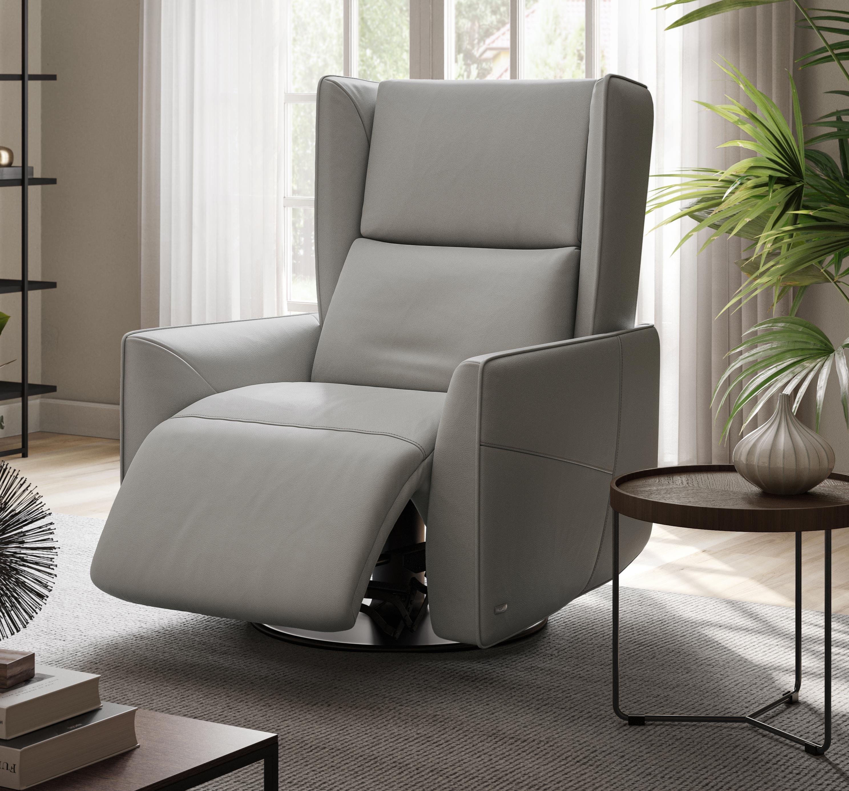Tenera Triple Power Recliner by Natuzzi Editions at Baer's Furniture
