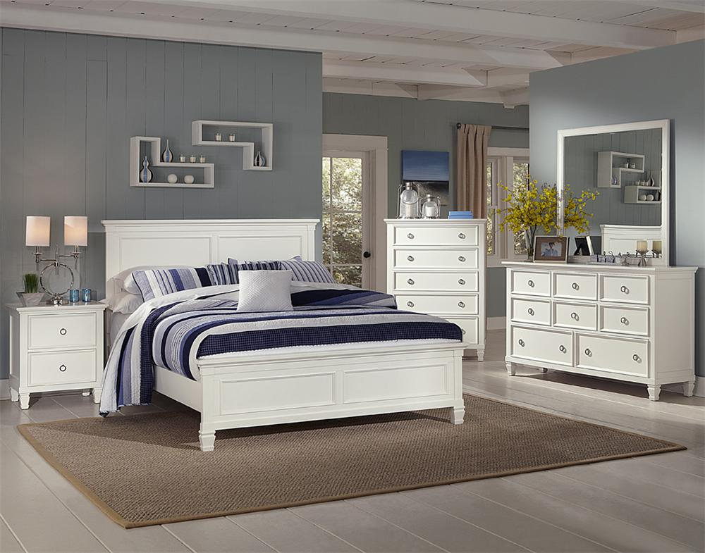 New Classic Tamarack 4 Piece Queen Bedroom - Item Number: GRP-044-WHITE-QUEENSUITE