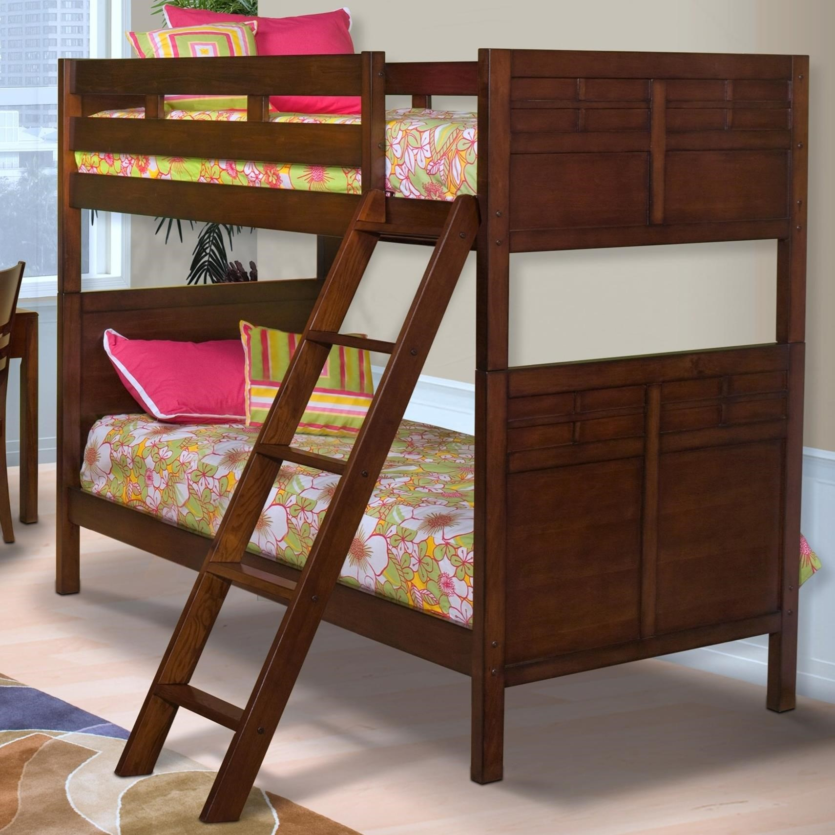 New Classic Kensington Twin/Full Bunk Bed With Panel