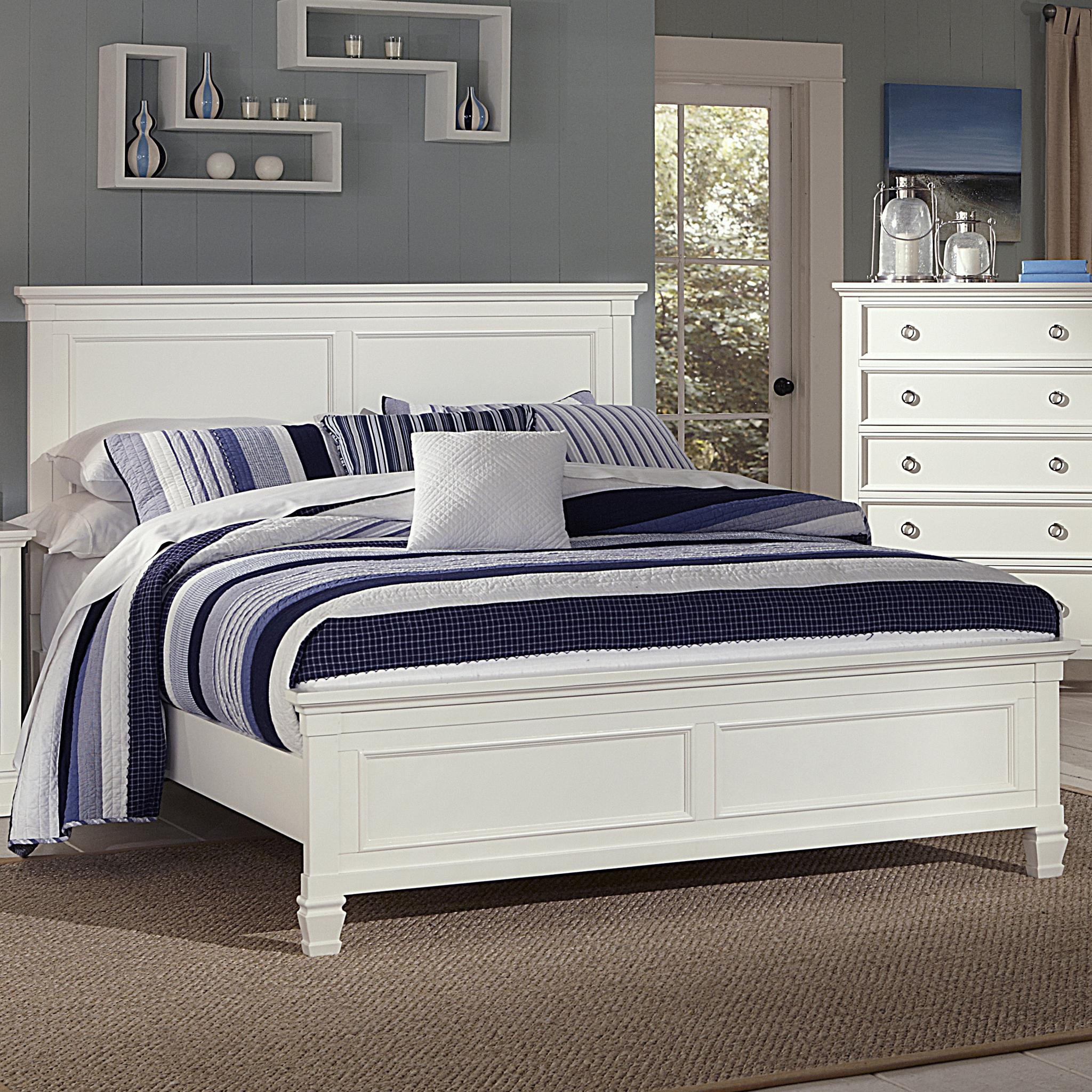 New Classic Tamarack King Panel Bed - Item Number: 00-044-115+135