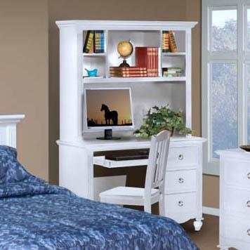 New Classic Victoria Desk And Hutch Combination - Item Number: 05-621-091+05-621-092
