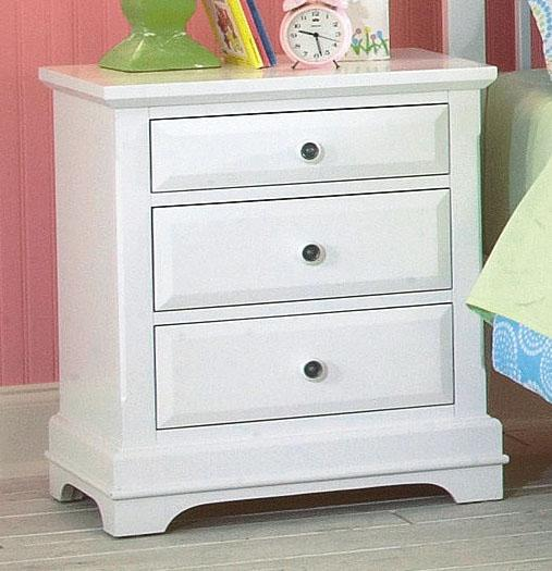 New Classic Bayfront Nightstands - Item Number: 1415-040