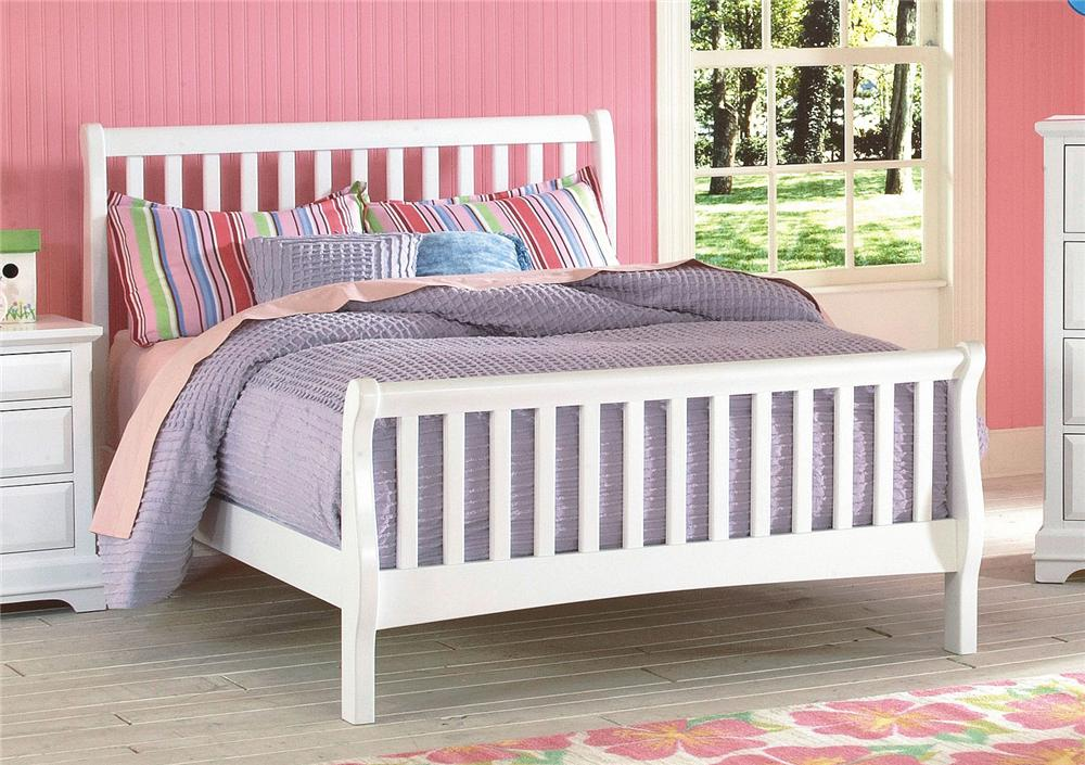 New Classic Bayfront Full Sleigh Bed - Item Number: 1415-411+1415-421+1415-431