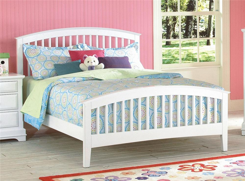 New Classic Bayfront Full Slat Bed - Item Number: 1415-413+1415-423+1415-433