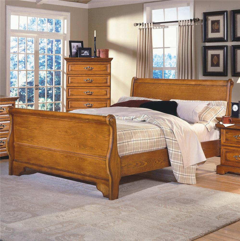 New Classic Honey Creek Queen Oak Sleigh Bed Dunk