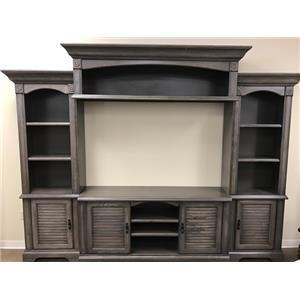 Oak Furniture West 4049DFW 4 Piece Wall Unit