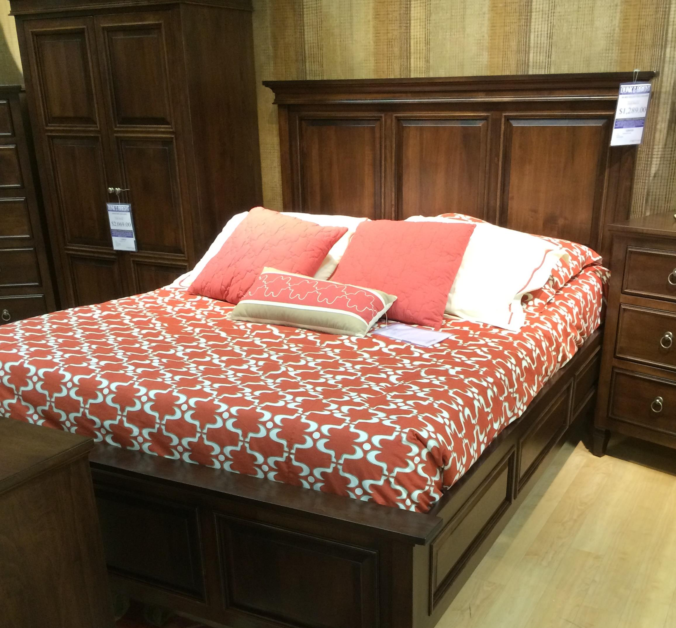 Palettes By Winesburg Vineyard Haven 06123 M Queen Bed
