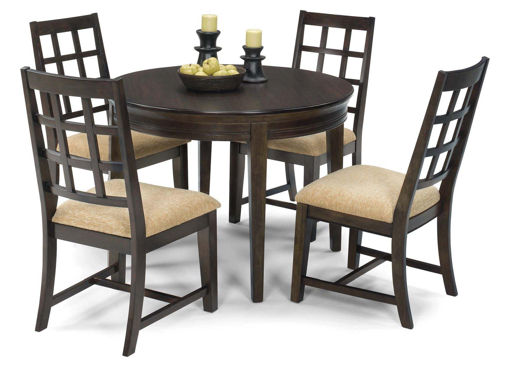 Progressive Furniture Casual Traditions 5 Piece Round Dining Table Set - Item Number: P107-13+4x61