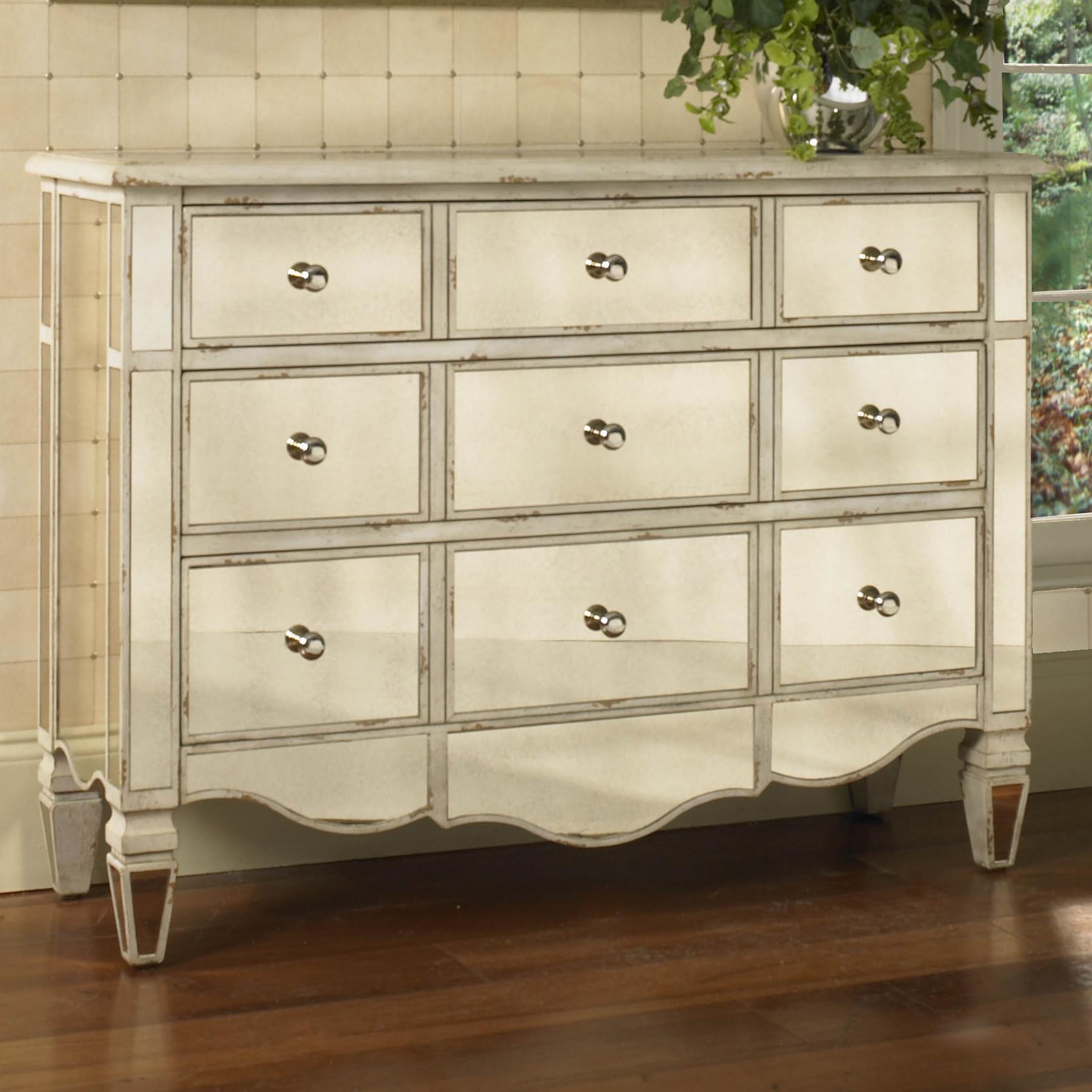 Pulaski Furniture Accents Accent Chest - Item Number: 739349