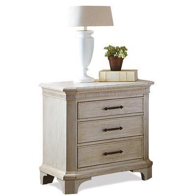 Riverside Furniture Aberdeen 3 Drawer Nightstand - Item Number: 21268