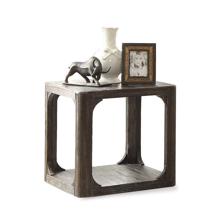 Riverside Furniture Bellagio Square End Table   - Item Number: 11809