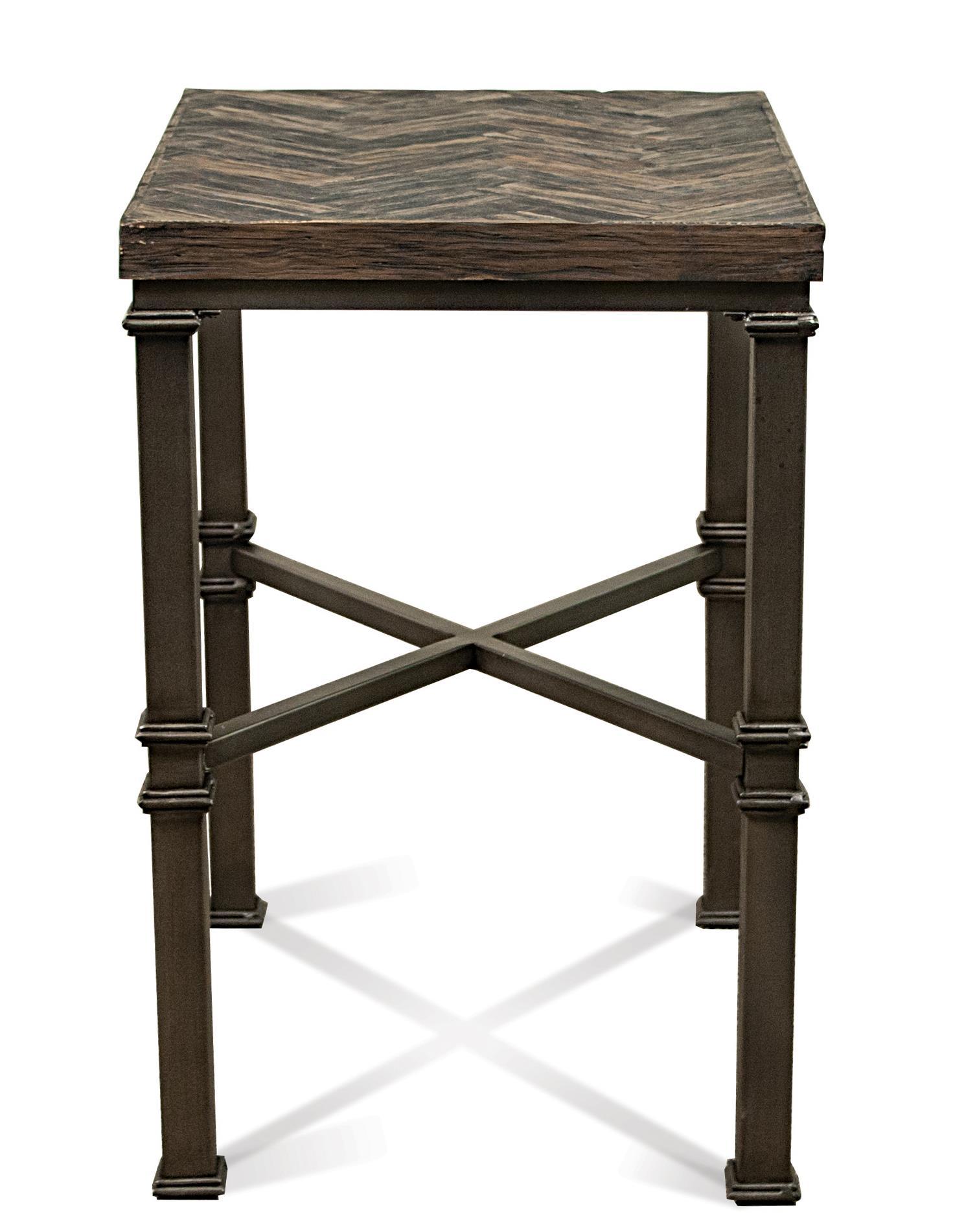 Riverside Furniture Bridlewood Chairside Table  - Item Number: 22212