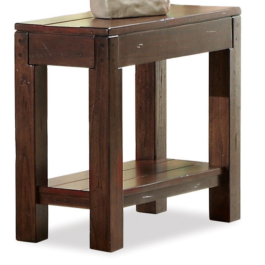 Riverside Furniture Castlewood Chairside Table - Item Number: 33513
