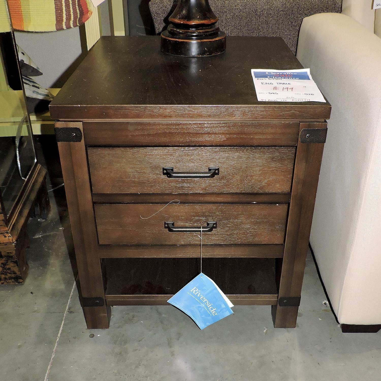 Riverside Furniture     End Table - Item Number: 382783480