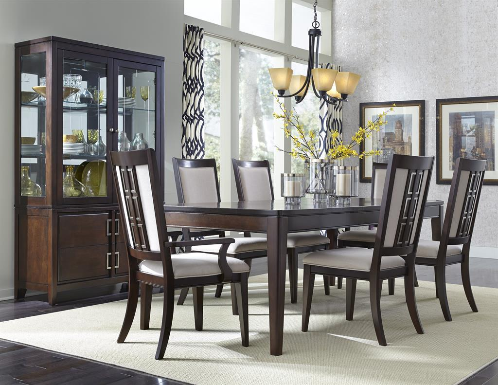 Samuel Lawrence Brighton Formal Dining Room Group - Item Number: 8672 Dining Room Group 2