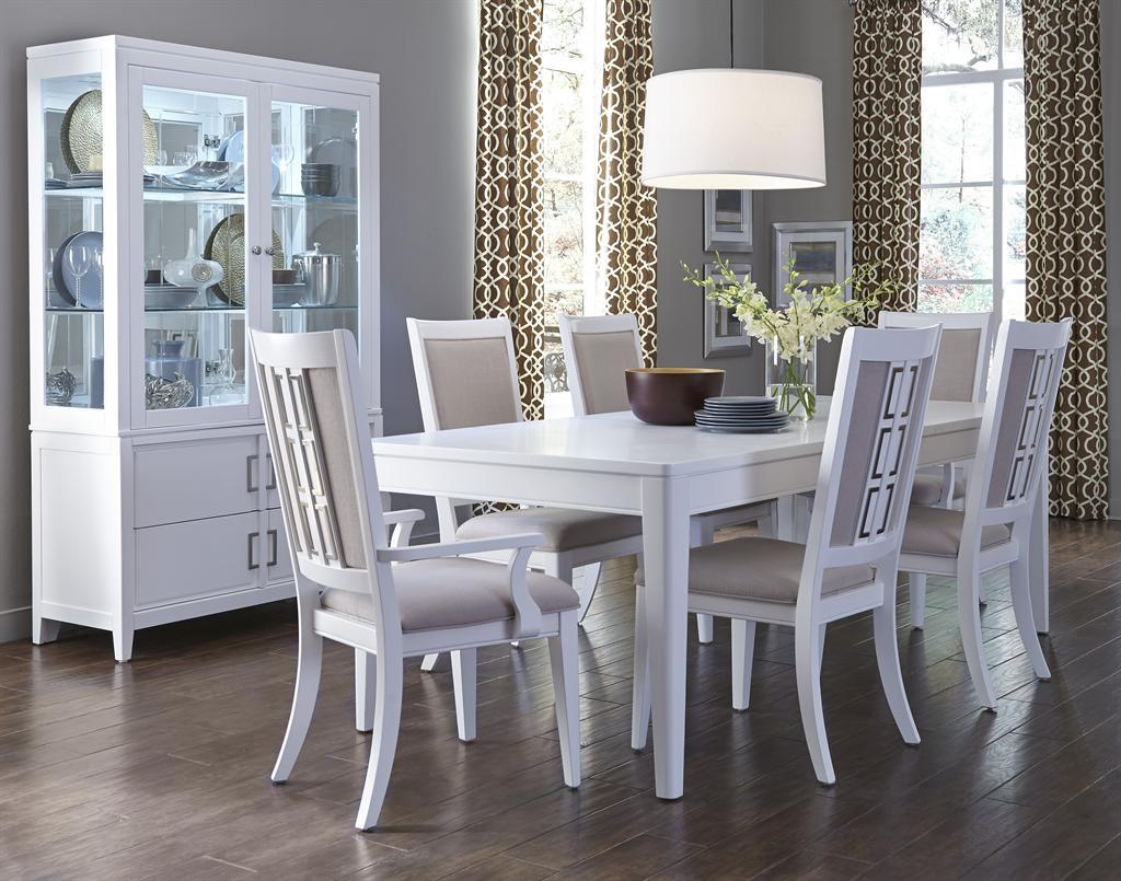 Samuel Lawrence Brighton Formal Dining Room Group - Item Number: 8673 Dining Room Group 1