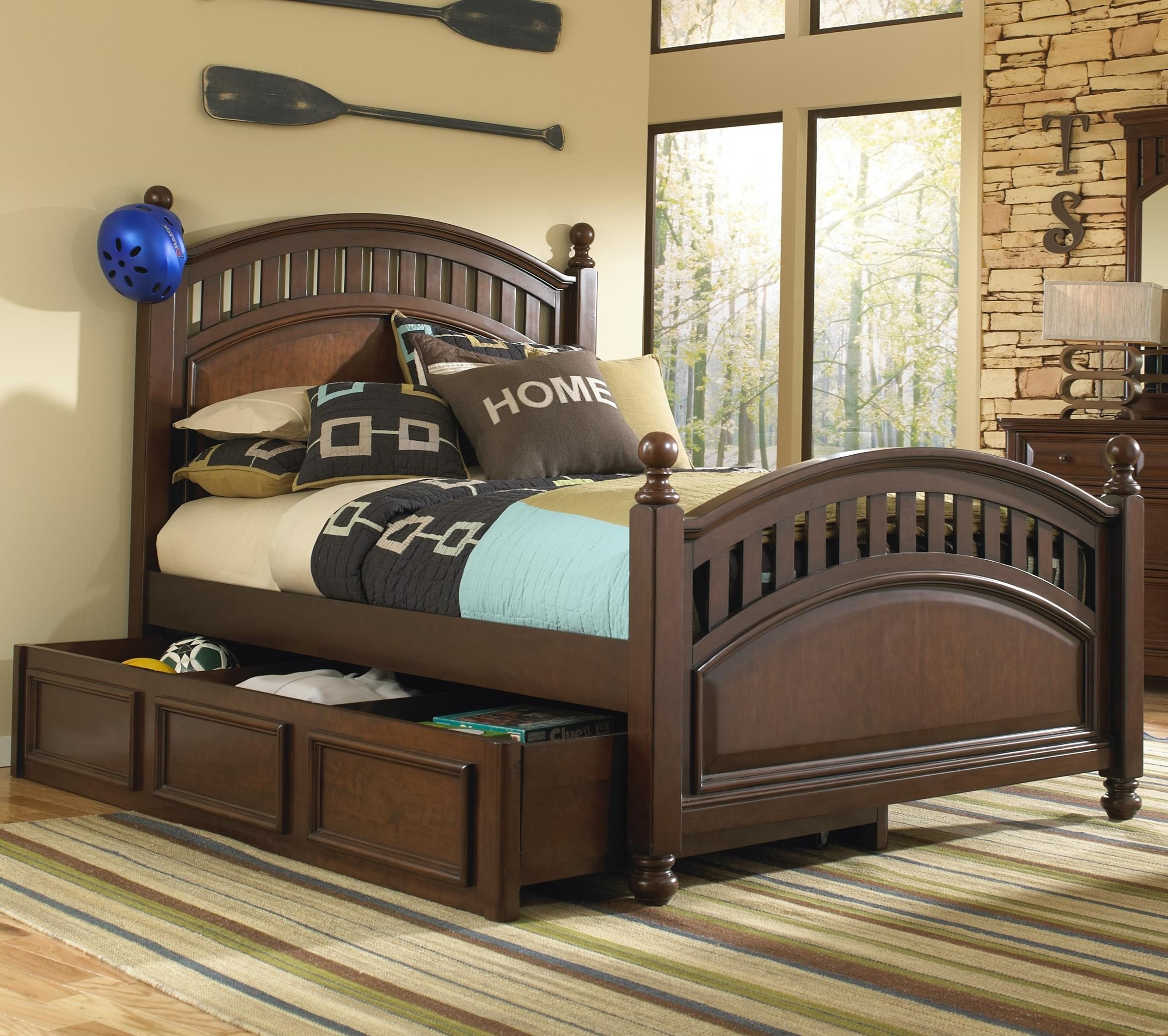 Kidz Gear Griffin Twin Low Post Bed w/ Trundle Storage - Item Number: 8468-630+631+401+801
