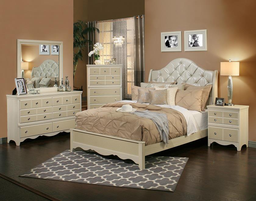 Sandberg Furniture Marilyn California King Bedroom Group - Item Number: 35400 CK Bedroom Group 1