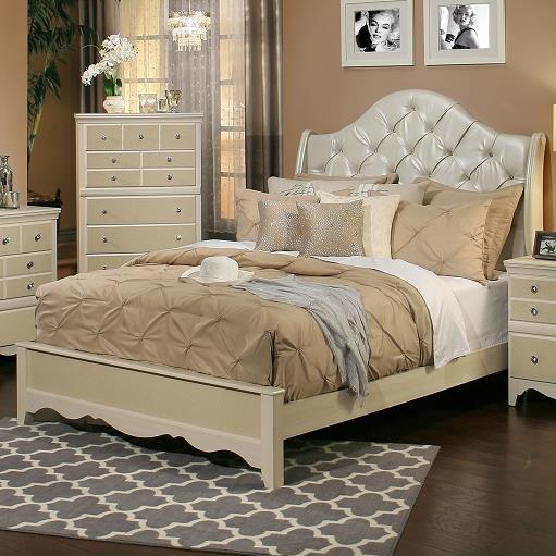 Sandberg Furniture Marilyn Queen Upholstered Bed - Item Number: 354A