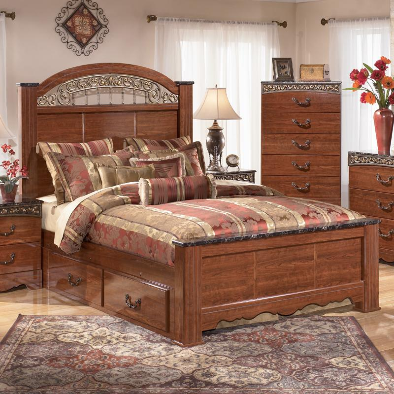 Signature Design by Ashley Fairbrooks Estate Queen Poster Bed with Under Bed Storage - Item Number: B105-67+64+98+60