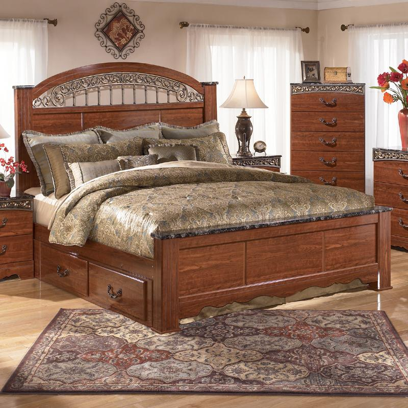 Signature Design by Ashley Fairbrooks Estate King Poster Bed with Under Bed Storage - Item Number: B105-68+66+99+60
